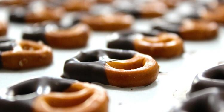 Gluten free chocolate pretzels